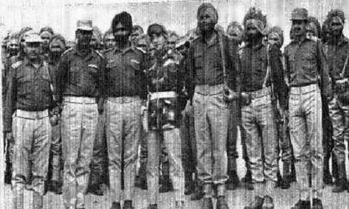 Major-Kuldip-Singh-Chandpuri-with-company