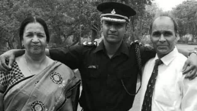 India Lost Major Mayank Vishnoi 44 RR